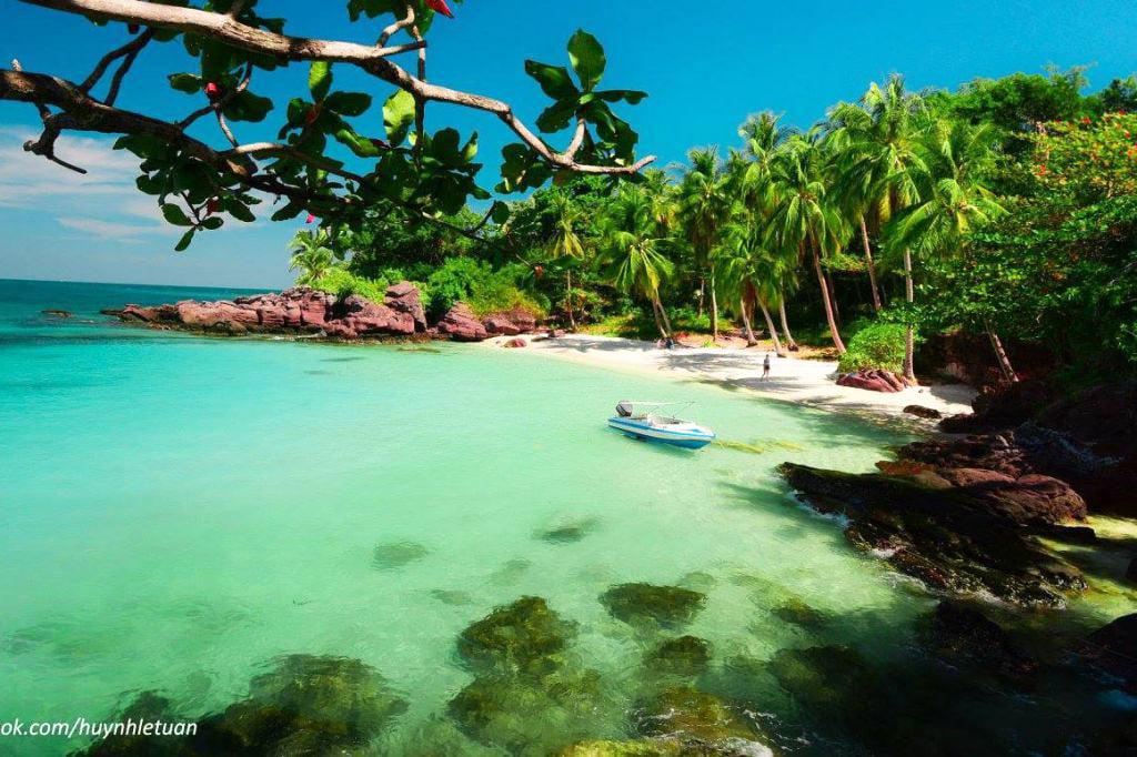 Đảo - hòn Móng Tay