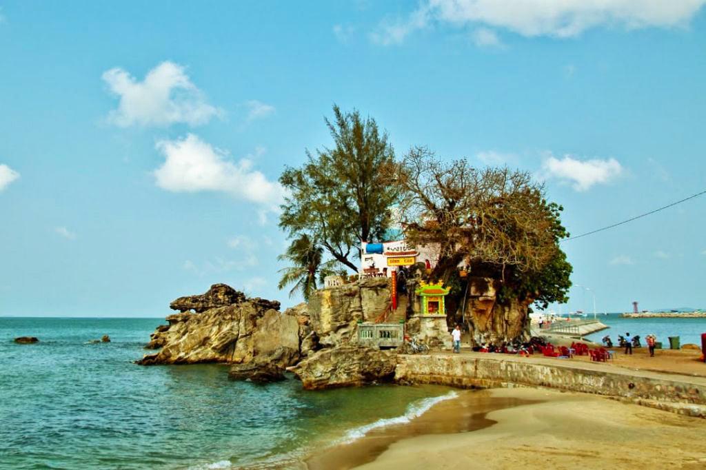 Mũi đá Dinh Cậu Dương Đông Phú Quốc